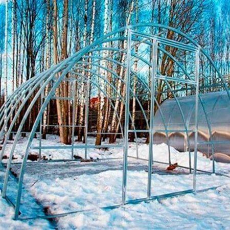 Теплица Сибирская Агровеликан ширина 4м с двухстворчатой распашной дверью